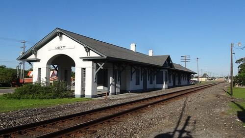 chfstew texas txlibertycounty railroaddepot