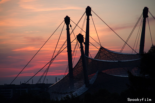 Olympiastadion-Dach_Sonnenuntergang_Spookyfilm_2