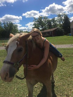 Tue, 09/13/2016 - 13:35 - Hugs are for horses
