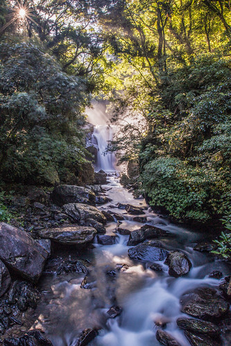 longexposure morning summer mist color green water vertical canon river landscape waterfall rocks stream taiwan taipei rays milky 烏來 silky 1635mm 內洞瀑布 supershot ndx8 信賢瀑布 斜射光 內洞國家森林遊樂區 canoneos5dmarkiii