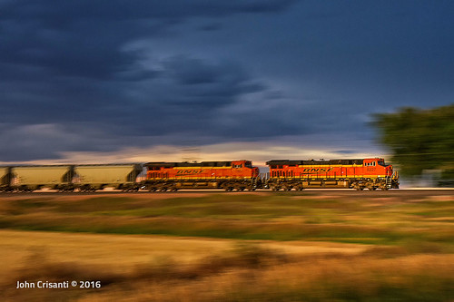 bnsfrailway gees44c4 sandtrain sand hoppers trains train railfanning railroad railfan railway railroads railroading colorado coloradorailroads coloradotrains sunset