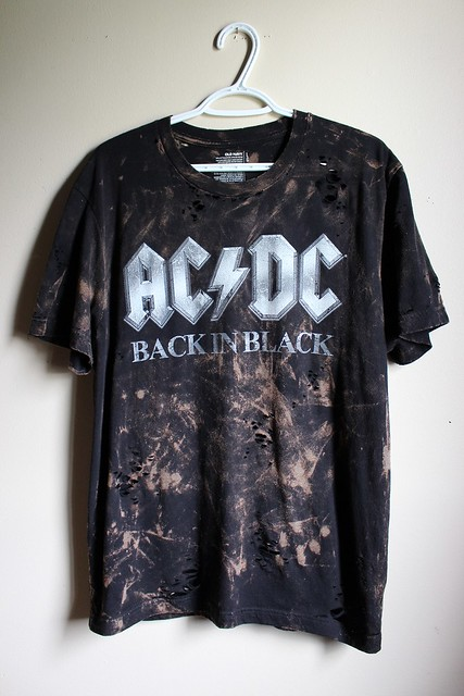 Splatter Bleached and Shredded Rolling AC/DC T Shirt