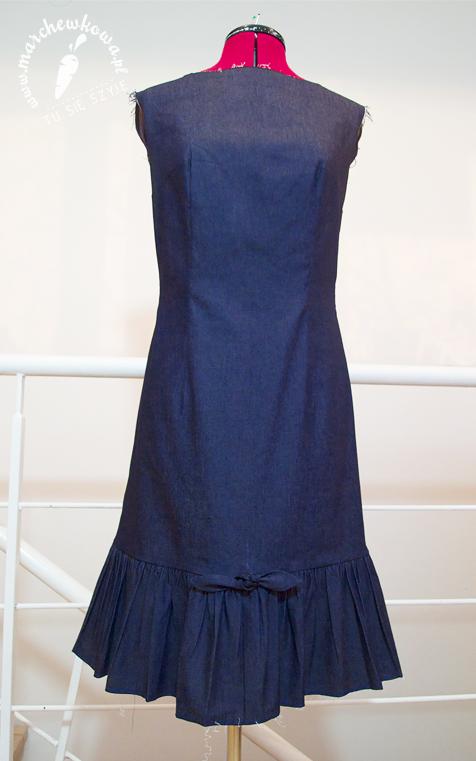 marchewkowa, szyciowy blog roku 2012, szycie, krawiectwo, moda, fashion, retro, vintage, 60s, 50s, wykrój Burda 3/1968, denim, jeans, sukienka, syrena, mermaid dress