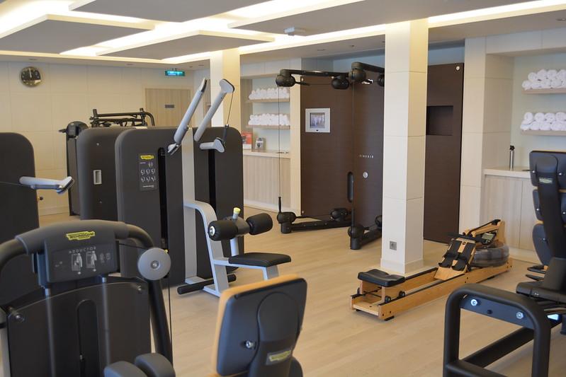 Salle de gym, conectée à internet - Visite du MS EUROPA 2 - Bordeaux - 20 mai 2013