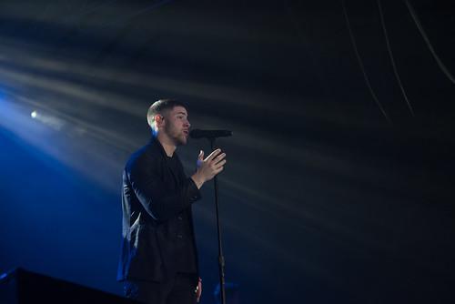 Nick Jonas-5