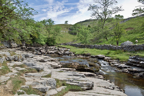 yorkshire yorkshiredale dales rivertwiss rivers rocks landscapes walls