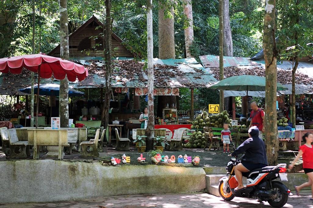 Na Muang Waterfall_2