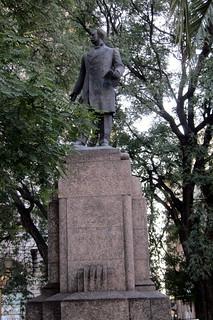 Buenos Aires - Balvanera: Plaza Lorea - Monumento a José Manuel Estrada | by wallyg