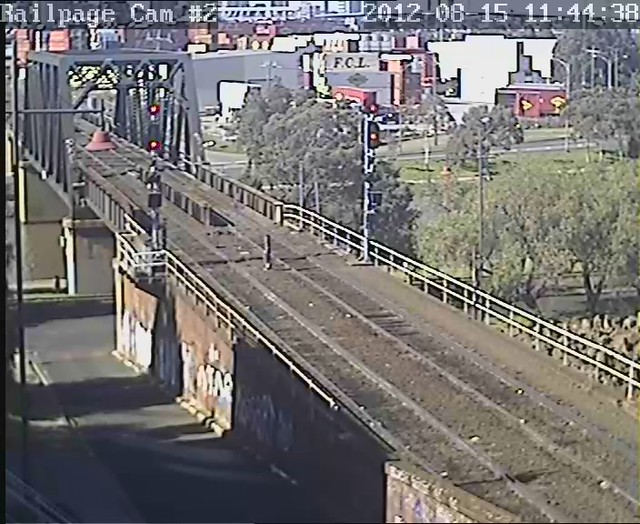(VIDEO) 9303-Tanktainer-9306 light engine from SMC, Spotswood to LPC 15-8-2012 by Railpage Bunbury Street
