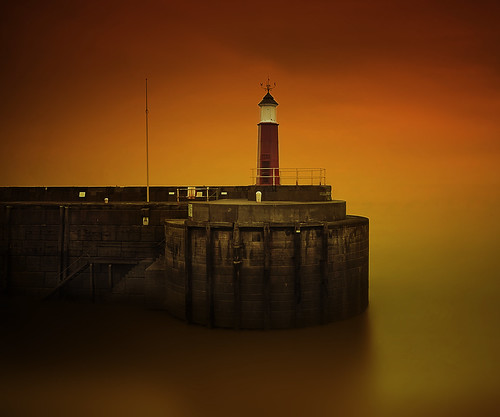 lighthouse sunrise long exposure harbour tan somerset spray watchet