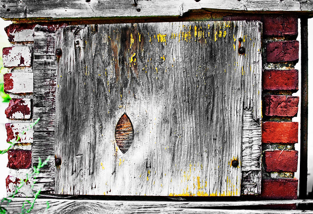 Weathered Sign-Yellow