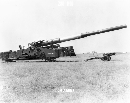 280 mm AFAP cannon on display Photo courtesy of DTRIAC Arm