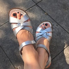 Finally found a pair of #sandals I actually like this #summer. About time, isn't it? :feet: thanks to @anmasis_welt for recommending #saltwatersandals :kissing_heart: I love them already!