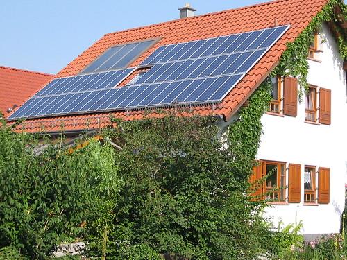 Photovoltaikanlage 2001 | by erhard.renz