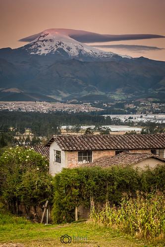andes cayambe equateur volcan montagne mountains paysage landscape nature sunset nikon d700 sky ciel ruby10 amériquedusud