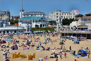Bournemouth West Beach 2. Nikon D3100.  DSC_0265 | by Robert.Pittman