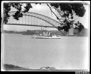 Warship, probably the French naval sloop BELLATRIX, off Farm Cove in Sydney, July 1932