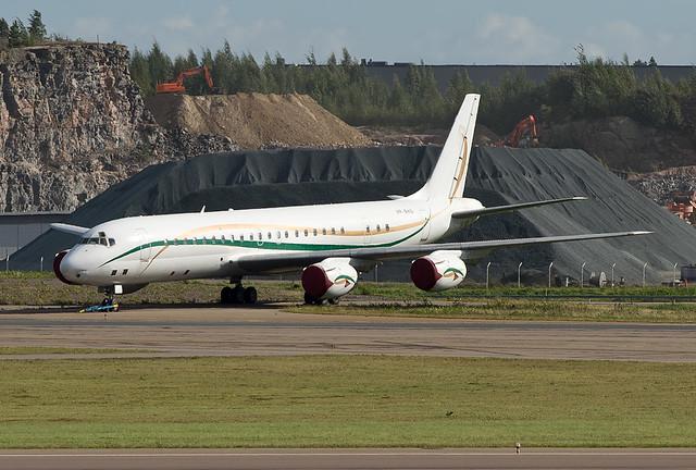 VP-BHS McDonnell Douglas DC-8-72