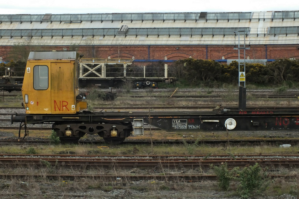 20120408 080 York  BR 57T Long-Welded Rail Stabling Wagon