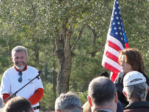 Larry Lane, Debra Medina and KWTP Medina rally days after her implosion on the Glenn Beck show | by kwtp2012