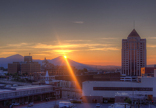 mountains sunrise buildings downtown roanoke valley terry hdr aldhizer terryaldhizercom
