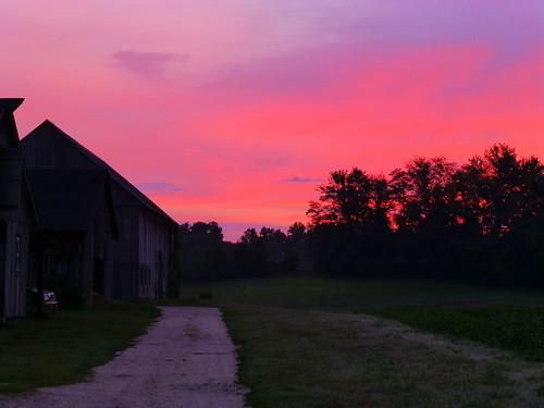 barn sunrise farm csa cbf chesapeakebayfoundation communitysupportedagriculture clagettfarm