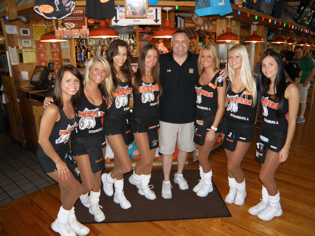hooters girls uniform