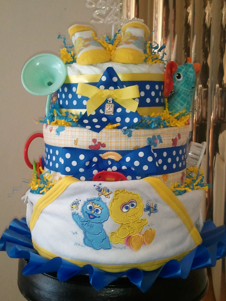 3 TIER SESAME STREET DIAPER CAKE BABY BIZ DIAPER CAKES
