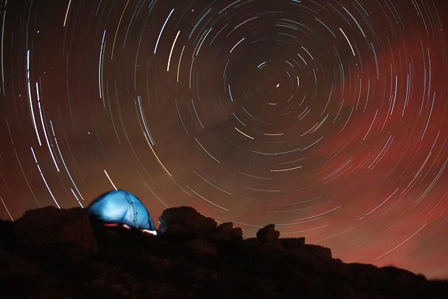 Tramonto, stelle, alba sul Monte Camicia