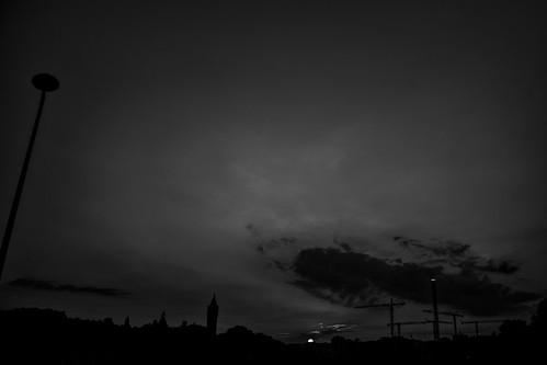 Au crépuscule   by Alexandre Dulaunoy