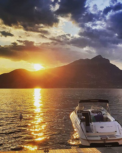 Sunset at the Lake #sunset #garda #gardasee #lake #sun #lights #wondeful #awesome #beautiful #photooftheday #picoftheday #igers #igersitalia #instagood #instago #italy #landscape #life #blue #sky #clouds | by Mario De Carli