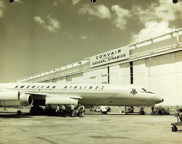 Convair , 990, Coronado