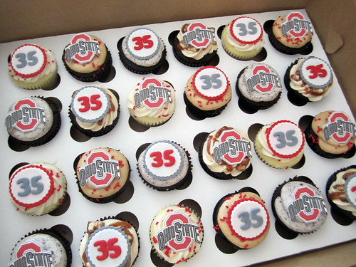 Ohio State Birthday Cupcakes | by Cutie Cakes WY