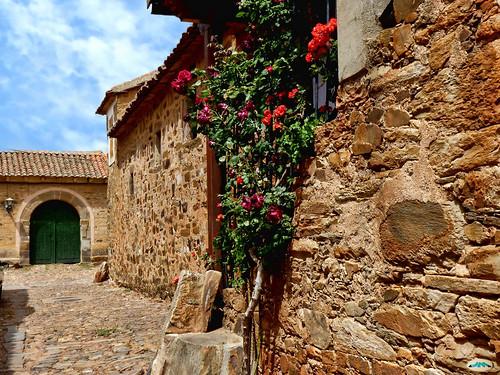 Castrillo de los Polvazares (León)590   by juantiagues