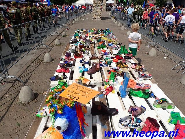 2016-07-22   4e     dag Nijmegen      40 Km   (150)