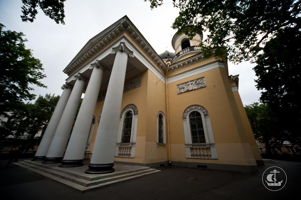 19 августа 2012, Божественная Литургия в Спасо-Преображенском соборе