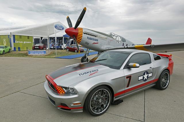 EAA / Ford Tuskegee Airmen tribute