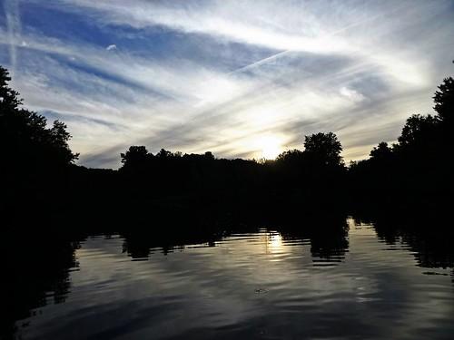 sunset sun water clouds river photography boat photo flickr pretty sundown colorfull scene boating digitalphoto blackstone blackstoneriver fugi didital flickrphoto flickraward mygearandme me2youphotographylevel1 fugicameradigitalcamera