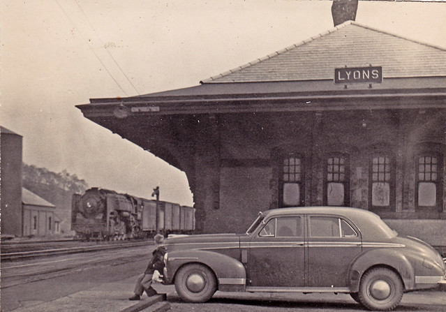 New York Central station at Lyons NY 1947