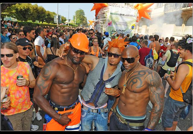 Big Boys in Zurich Street Parade 2012. No. 5682.