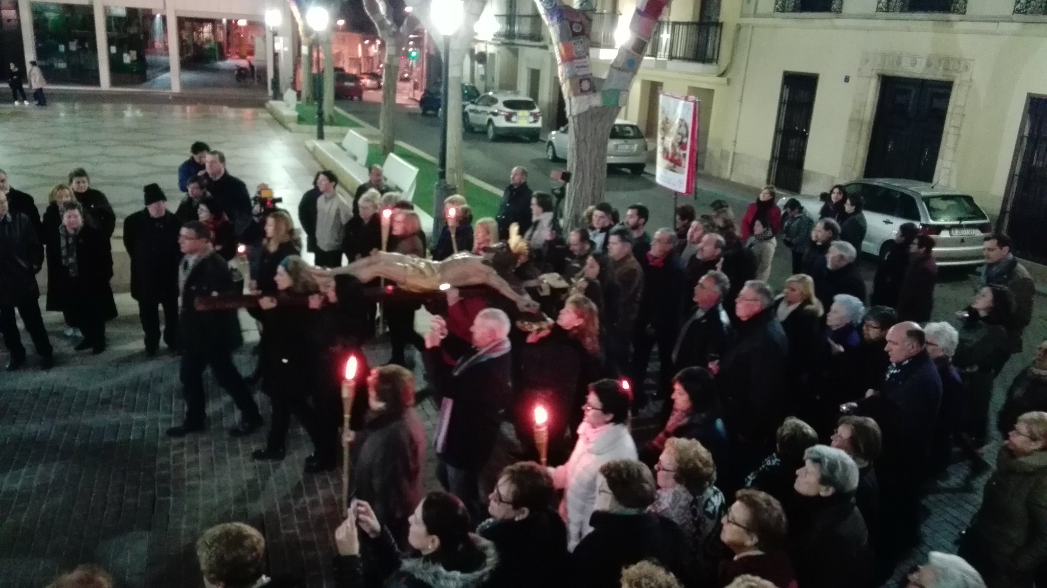 (2016-03-18) - VII Vía Crucis nocturno - Javier Romero Ripoll (038)