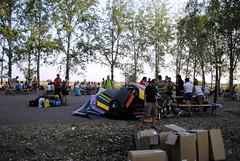 2012. augusztus 26. 7:24 - Tiszavölgy Kalandtúra - Búcsú- Polifoam hegy és oklevélosztás. Kulacsot és oklevelet is kaptunk.