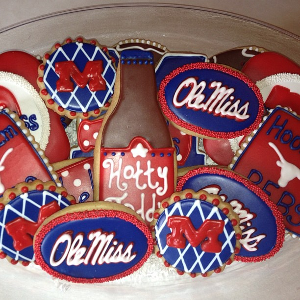 Tremendous Ole Miss Cookie Platter Courtney Allen Flickr Funny Birthday Cards Online Fluifree Goldxyz