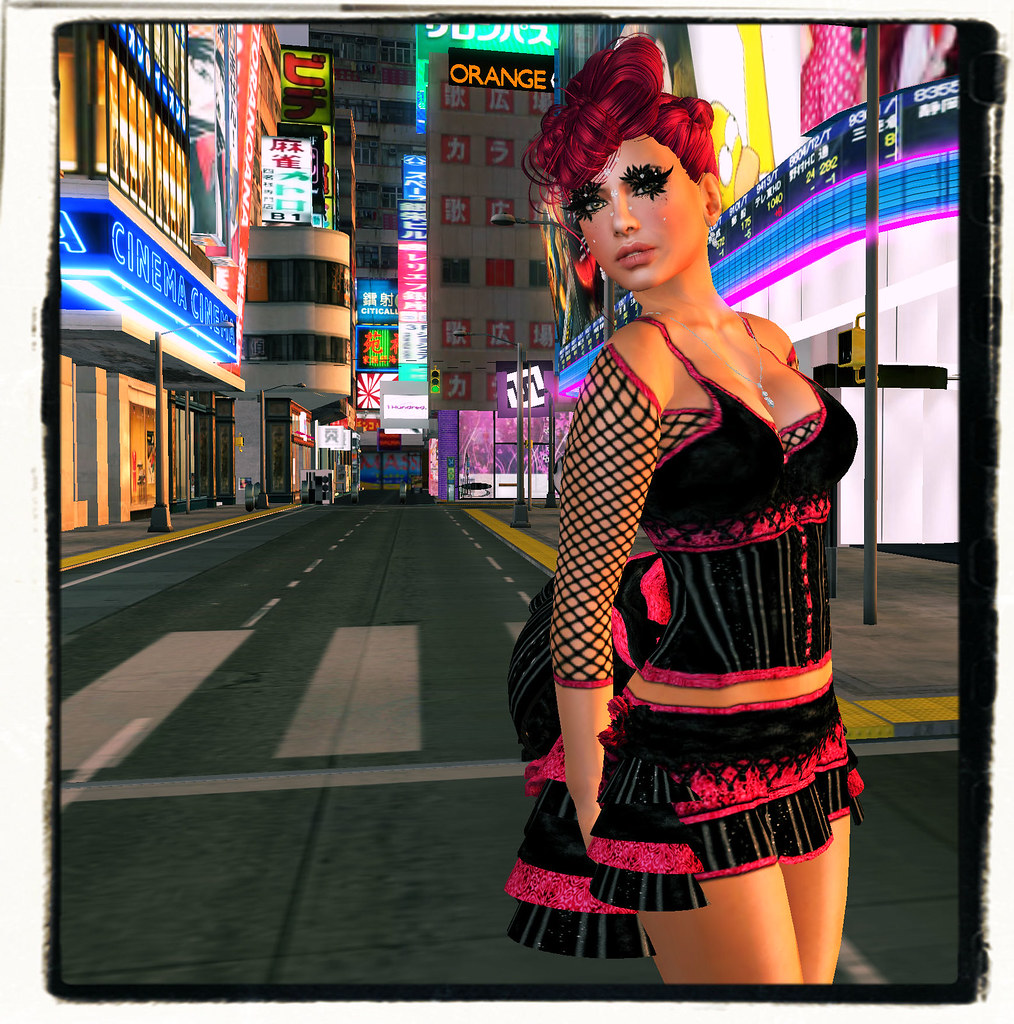 Tokyo Street Fashion | freebiefashionista blogspot com/2012