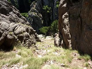 Le couloir final de montée au Tafonu di u Cumpuleddu (ex-Trou de la Bombe)