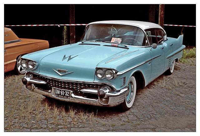 Cadillac sedan de Ville / 1958