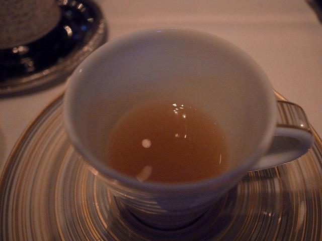 <p>m)リゾットと一緒にでてきたスープ</p>