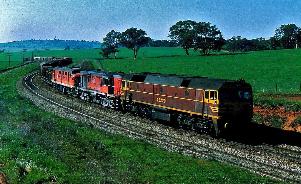 Sydney to Melbourne Freight at Nubba New South Wales by Rodney S300