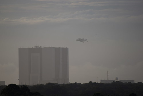 Circling the VAB | by Flying Jenny