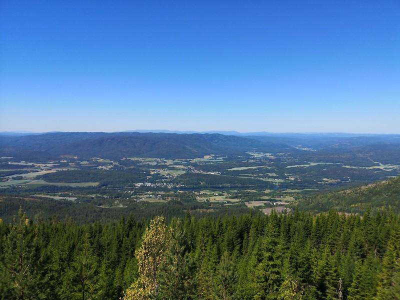 05-Utsikt mot Skotselv og Hotefjell